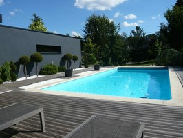 Architecte guido ref 2 jardin priv for Jardin contemporain avec piscine